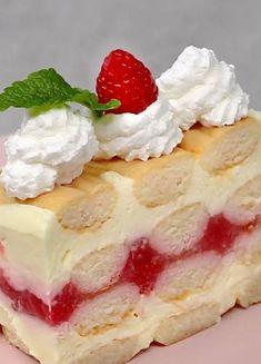 Torte Recepti, Kolaci I Torte, Baking Recipes, Cookie Recipes, Dessert Recipes, Brze Torte, Rasberry Cake, Bread Dough Recipe, Homemade Vanilla Extract