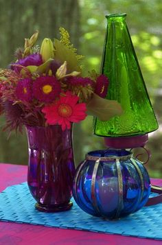 I love pretty colored glass things.