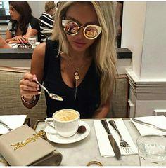 5a592e962bc Fashion Glamour Style Luxury. Love FashionFashion BeautyFashion TipsFashion  TrendsFashion GlamourOversized SunglassesFab ...