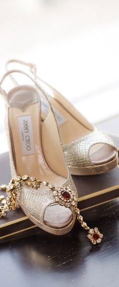 Jimmy Choo - Miss Mecca ❤ Pink Beige, Shoe Boots, Shoes Sandals, Fashion Shoes, Fashion Accessories, Jimmy Choo Shoes, Beautiful Shoes, Or Rose, Wedding Shoes