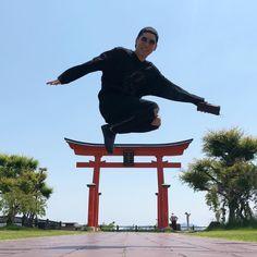 Rock Bands, Japanese, Entertaining, Artist, Instagram, Japanese Language, Artists, Hilarious