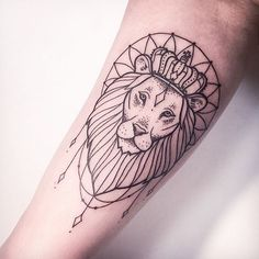 "4,315 curtidas, 168 comentários - Melina Wendlandt (@xoxotattoo) no Instagram: ""LION KING. ➖️RESPECT, DON'T COPY!➖ FOLLOW MY STUDIO ✖️@vadersdye✖️"""