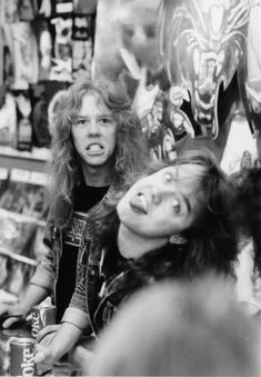 James Hetfield and Lars Ulrich with some hilarious facial expressions on display!!!