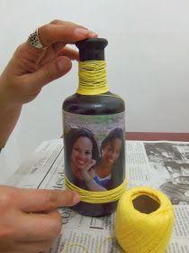 Essas nossas garrafas . . . novamente aqui estão elas! Elas nos fazem brincar de artistas! Nesta postagem resolvemos trabalhar com tint...