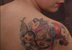 Applying Pretty Shoulder Tattoos for Women: Sensational Women Tattoo Design ~ tattooeve.com Tattoo Ideas Inspiration