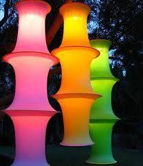 Resultado de imagem para festa neon decoração 15 anos