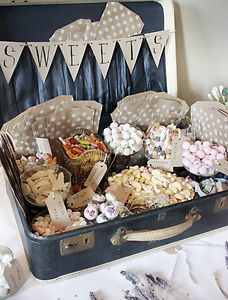 Wedding-Sweet-Suitcase-gorgeous-vintage-shabby-chic-decor-with-glassware