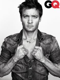 Men I Find (Slightly) More Attractive Simply Because They're Left-Handed:    Jeremy Renner