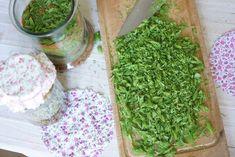 Kodin Kuvalehti – Blogit | Ruususuu ja Huvikumpu – Tee itse herkullista ja terveellistä kuusenkerkkäsiirappia ilman keittämistä