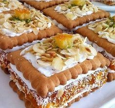 Discover recipes, home ideas, style inspiration and other ideas to try. Unique Desserts, Fancy Desserts, Unique Recipes, Gourmet Recipes, Mexican Food Recipes, Dessert Recipes, Dessert Food, Fancy Appetizers, Cakes Plus