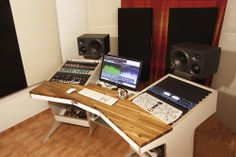Why the Home Office Furniture You Use Matters Studio Desk Music, Recording Studio Furniture, Music Desk, Recording Studio Home, Small Office Desk, Online Business From Home, Studio Table, Custom Desk, Home Office Furniture