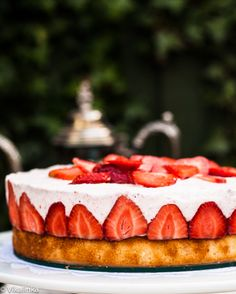 Vanilla and lemon scented sponge cake topped with creamy strawberry mousse. Simple, delicious and elegant!