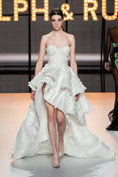 Ralph & Russo Spring 2019 Couture Collection - Vogue
