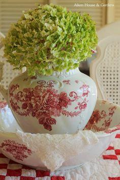 Aiken House & Gardens: Red & White Transferware in the Kitchen