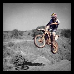 Enduro: http://fairlyuseful.net/the-best-dirt-bike-mods-for-motocross-racing/