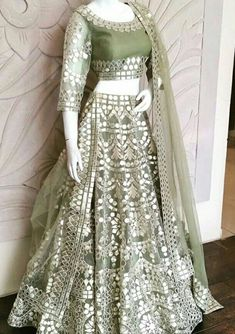 Want to flaunt your traditional looks? Check out these trending but traditional Gota Patti Lehenga Designs for Weddings. Indian Gowns Dresses, Pakistani Dresses, Indian Sarees, Indian Wedding Dresses, Indian Bridal, Trendy Dresses, Casual Dresses, Fashion Dresses, Peplum Dresses