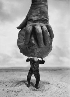 Atlas Happy---Photography: Gilbert Garcin