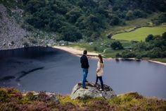 Une randonnée panoramique dans le Wicklow en Irlande ...   #irlande #ireland #alainntours #wicklow #nature #lake #walking #randonnee   ©Tourism Ireland