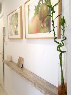 Balda de madera clara para un pasillo New Homes, House Design, Frame, Room, Home Decor, Beach, Environment, Small Hallway Decorating, Hall