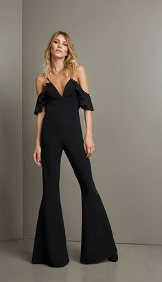 Hualong Sexy Strap Deep V Black Wide Leg Jumpsuit - Online Store for Women Sexy Dresses Sexy Dresses, Evening Dresses, Denim Fashion, Fashion Outfits, Style Fashion, Pantalon Large, Jumpsuits For Women, Long Jumpsuits, Playsuits
