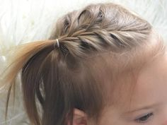 5 Cute (and fast) Toddler Hairstyles for Girls On The Go