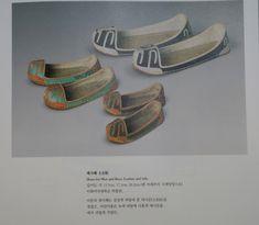 태사혜 운혜 조선시대 비단신 : 네이버 블로그 Leather Men, Belt, Accessories, Shoes, Fashion, Belts, Moda, Zapatos, Shoes Outlet