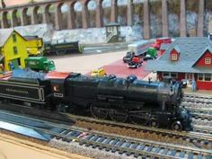 MTH Pennsylvania PRR 4-6-2 Pacific K4s runing on DCC on my HO train layout