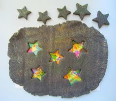 Guest blog by Adventures of Adam using Bonfire Night play dough and Mat from Twinkl.