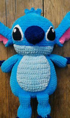 Crochet Deer, Crochet Baby Toys, Diy Crochet And Knitting, Crochet Baby Booties, Cute Crochet, Crochet Animal Patterns, Crochet Stitches Patterns, Amigurumi Patterns, Stitch Patterns