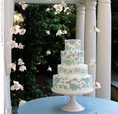 blue and white wedding cakes wedding-cakes