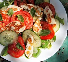 Diet, Feast Days & Fast Days, Monday Meal Plan and Halloumi & Tomato Salad Platter Recipe - Diet Recipes Salad Recipes, Diet Recipes, Vegetarian Recipes, Cooking Recipes, Healthy Recipes, Clean Eating, Healthy Eating, Healthy Food, Superfood