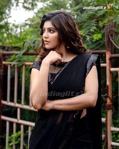 Beautiful Saree, Beautiful Indian Actress, Bengali Bridal Makeup, Desi Models, Tamil Actress Photos, Saree Look, Cute Girl Photo, Indian Models, Half Saree