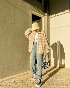 Modern Hijab Fashion, Street Hijab Fashion, Hijab Fashion Inspiration, Korean Girl Fashion, Korean Street Fashion, Muslim Fashion, Mode Inspiration, Modesty Fashion, Korean Outfits