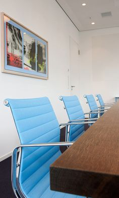 #Projekt #Gaertner Internationale #Moebel #Konferenzraum #Aluchair #Stuhl #Vitra
