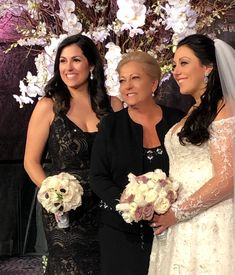 Jamie on her wedding day with her sister and mother. Bridesmaid Dresses, Wedding Dresses, Wedding Day, Weddings, Fashion, Bridesmade Dresses, Bride Dresses, Pi Day Wedding, Moda
