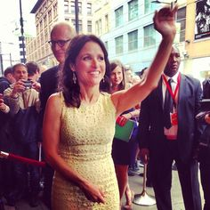 | TORONTO | Julia Louis Dreyfus Live from the red carpet of Enough Said