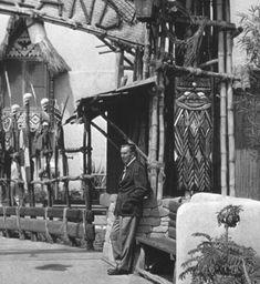disney disneyland elephant Walt Disney freeway hippo 1962 my scan vintage disney marc davis vintage disneyland hippopotamus jungle cruise animatronic imagineer vintage walt disney Old Disney, Disney Love, Disney Magic, Disney Stuff, Punk Disney, Disney Theme, Disney Parks, Walt Disney World, Walt Disney Imagineering