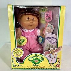 2005 Cabbage Patch Kids Babies Memorable Moments Play Along Maciela Laelia NIB Child Doll, Girl Dolls, Red Hair Doll, Cabbage Patch Kids Dolls, 90s Toys, Dream Baby, Dolls For Sale, Twin Babies, How To Memorize Things