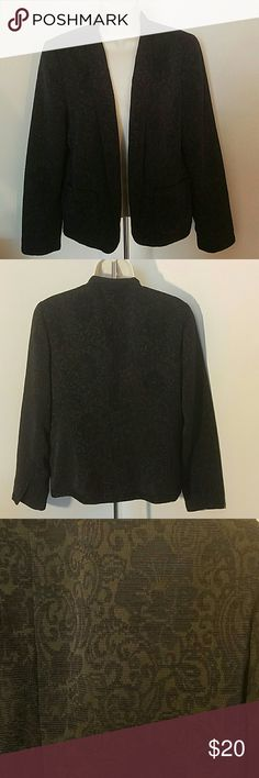 Black patterned blazer by Coldwater Creek In great condition. No tears, snags or stains. Message me with any questions Coldwater Creek Jackets & Coats Blazers