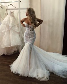 When it comes to the unique wedding dresses, we know how important its role is. There are numerous factors that one has to consider while picking up their dream dress. Wedding Dress Gallery, Cute Wedding Dress, Wedding Dress Trends, Best Wedding Dresses, Bridal Dresses, Wedding Ideas, Perfect Wedding, Lace Wedding, Mermaid Wedding Dresses