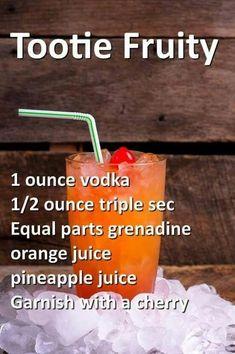 Fruity Drinks, Fancy Drinks, Frozen Drinks, Smoothie Drinks, Refreshing Drinks, Summer Drinks, Smoothies, Mixed Drinks Alcohol, Alcohol Drink Recipes