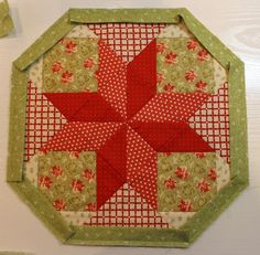 Christmas Once a Month, Cookie Plate Crumb Catcher - The Crafty Quilter