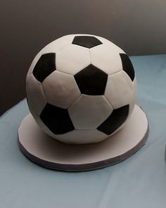 3D soccer ball cake