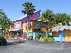 Fudpuckers in Destin FL   Book Your Destin Vacation at the Resorts of Pelican Beach in Destin, FL