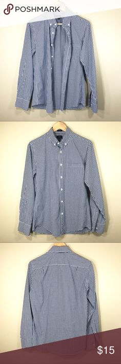 "J.Crew men's gingham long sleeve shirt, size S Classic men's slim fit blue/white gingham shirt from J.Crew in size Small. Measurements: chest 19"", across shoulder 16"", sleeves 25"". J. Crew Shirts Dress Shirts"