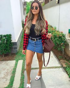 Sempre arrasando nos looks 💚 apro ou repro? Basic Outfits, Skirt Outfits, Classy Outfits, Casual Outfits, Fashion Outfits, Womens Fashion, Cute Summer Outfits, Spring Outfits, Cute Outfits