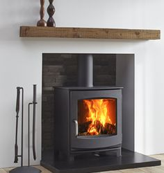 The Dik Geurts Ivar 5 Low is a contemporary and versatile stove. It has a classi…, – Freestanding fireplace wood burning Gas Stove Fireplace, Wood Burner Fireplace, Fireplace Hearth, Home Fireplace, Fireplace Inserts, Living Room With Fireplace, Wood Burning Fireplaces, Gas Fire Stove, Fireplace Ideas