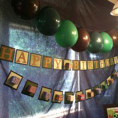 Me encanta esta decoración para una fiesta minecraft / I love this Minecraft party decoration