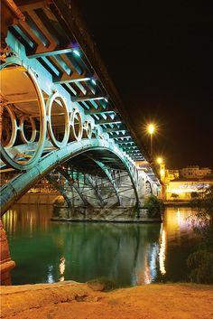 Por debajo del Puente de Triana  Sevilla  Spain   by FJ. Jiménez, via Flickr
