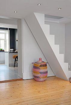 Escadas para pequenos espaços e todos os gostos!